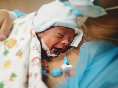 Eight principles of patient-oriented and family-oriented care in neonatal intensive care units